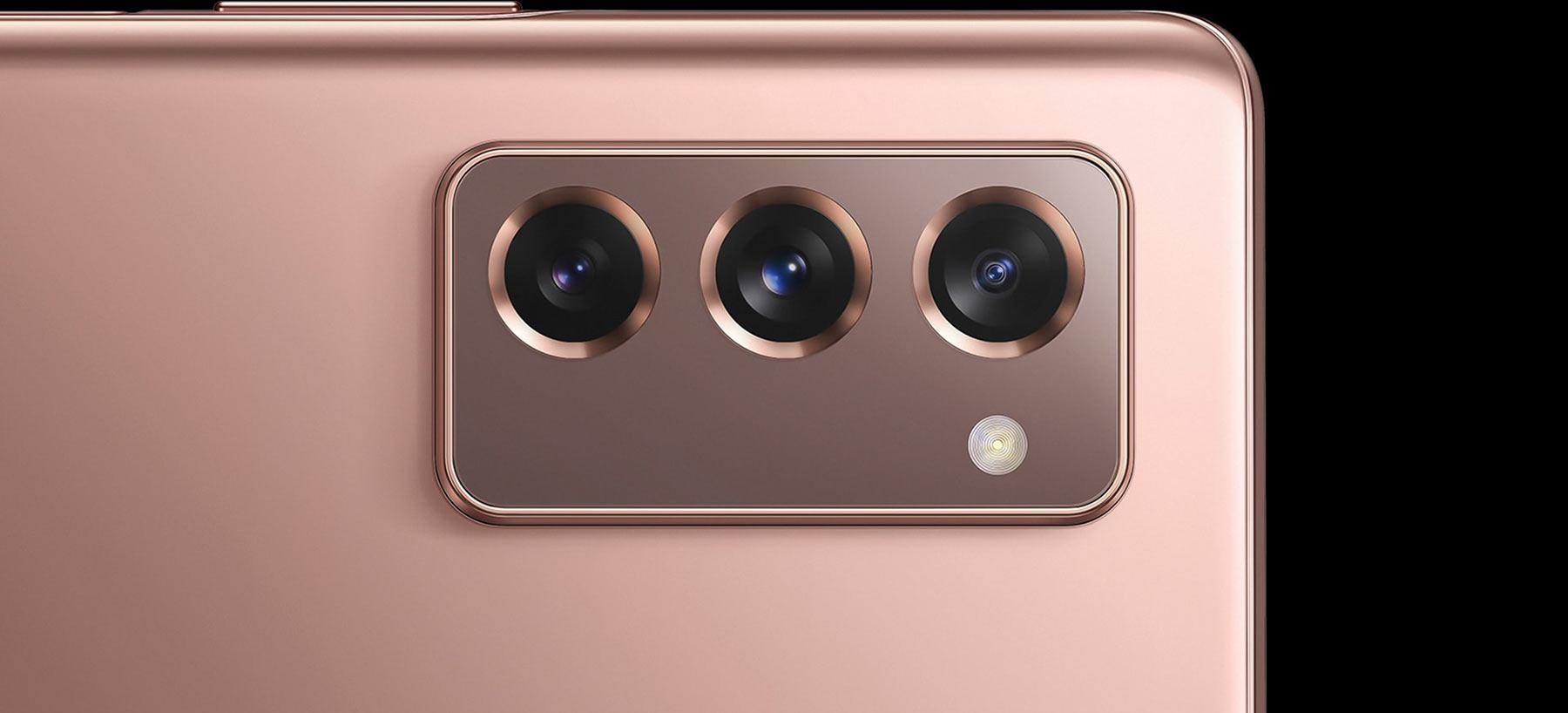 دوربین سه گانه گوشی سامسونگ Galaxy Z Fold2 5G