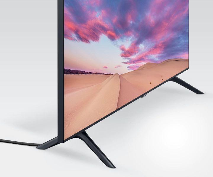 طراحی خلاقانه پایه های تلویزیون سامسونگ 55TU8100